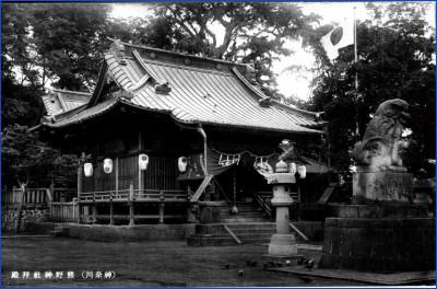 light_神奈川熊野神社神殿